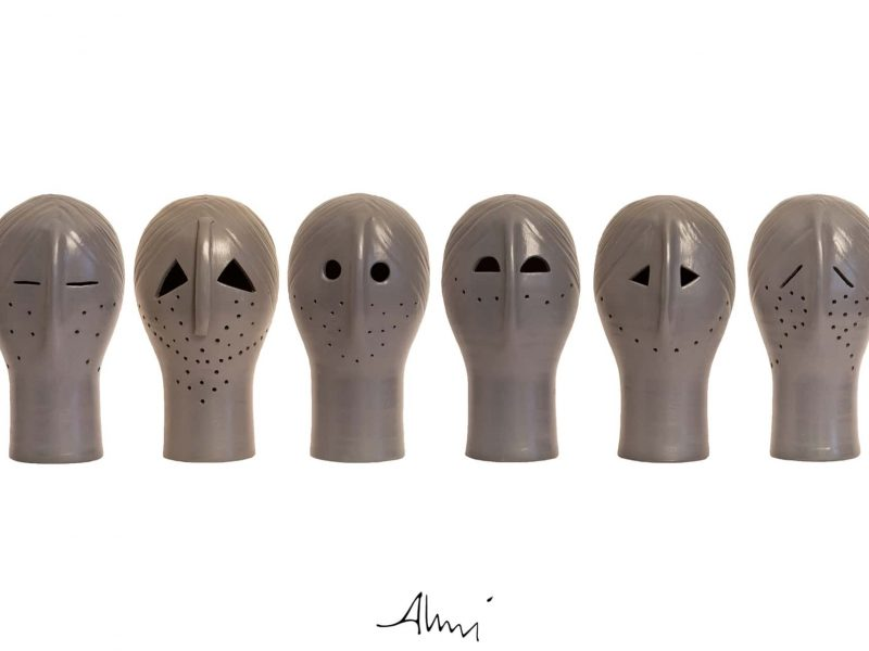 Acroliti In Terracotta